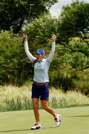 SUGAR GROVE, IL - AUGUST 21:  Paula Creamer of the U.S. Team reacts after sinking a putt for birdie on the 16th hole during the Friday morning Fourball matches at the 2009 Solheim Cup at Rich Harvest Farms on August 21, 2009 in Sugar Grove, Illinois.  Creamer and Cristie Kerr defeated Suzann PEttersen and Sophie Gustafson of the European Team .  (Photo by Chris Graythen/Getty Images)