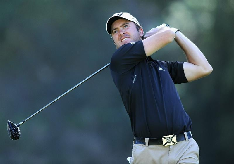 PACIFIC PALISADES, CA - FEBRUARY 17: Martin Laird of Scotland plays his tee shot on the nineth hole during the first round of the Northern Trust Open at Riviera Country Club on February 17, 2011 in Pacific Palisades, California.  (Photo by Stuart Franklin/Getty Images)