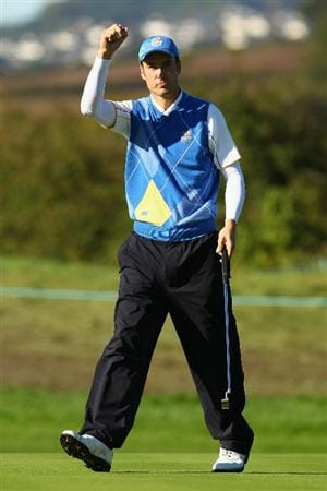 NEWPORT, WALES - OCTOBER 04:  Ross Fisher of Europe acknowledges the crowd on the second green in the singles matches during the 2010 Ryder Cup at the Celtic Manor Resort on October 4, 2010 in Newport, Wales.  (Photo by Richard Heathcote/Getty Images)