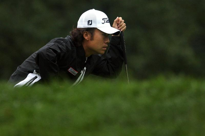LEMONT, IL - SEPTEMBER 11:  Kevin Na looks on from the fifth hole during the third round of the BMW Championship at Cog Hill Golf & Country Club on September 11, 2010 in Lemont, Illinois.  (Photo by Scott Halleran/Getty Images)