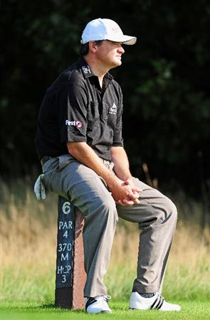 COLOGNE, GERMANY - SEPTEMBER 09:  Paul Lawrie of Scotland ponders during the pro - am prior to The Mercedes-Benz Championship at The Gut Larchenhof Golf Club on September 9, 2009 in Pulheim, near Cologne, Germany.  (Photo by Stuart Franklin/Getty Images)