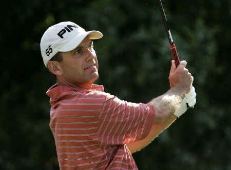Kevin Sutherland watches his drive during the second round of the Buick Championship at the Tournament Players Club at River Highlands in Cromwell, Connecticut on August 26, 2005.Photo by Michael Cohen/WireImage.com