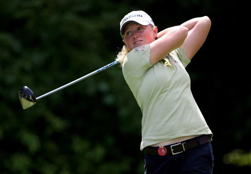 HAVRE DE GRACE, MD - JUNE 13:  Stacy Lewis hits her tee shot on the 4th hole during the third round of the McDonald's LPGA Championship at Bulle Rock Golf Course on June 13, 2009 in Havre de Grace, Maryland.  (Photo by Andy Lyons/Getty Images)