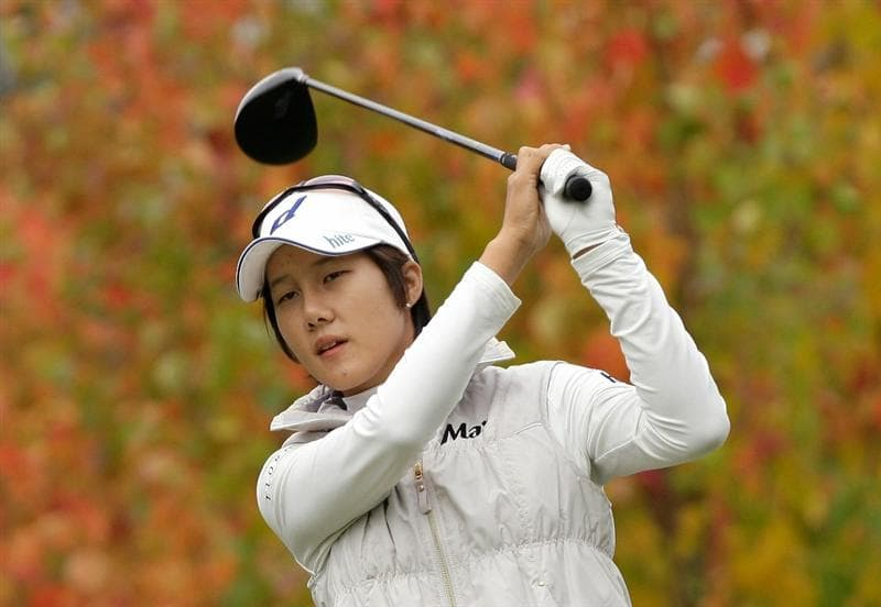 SHIMA, JAPAN - NOVEMBER 07:  Song-Hee Kim of South Korea plays a shot on the 2nd hole during the final round of the Mizuno Classic at Kintetsu Kashikojima Country Club on November 7, 2010 in Shima, Japan.  (Photo by Chung Sung-Jun/Getty Images)