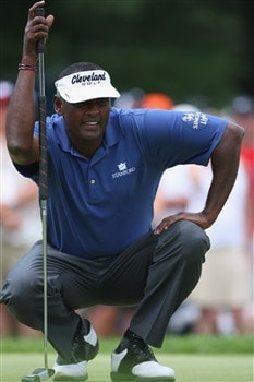 AKRON, OH - AUGUST 03:  Vijay Singh of Fiji lines up his putt on the first hole during the final round of the World Golf Championship Bridgestone Invitational on August 3, 2008 at Firestone Country Club in Akron, Ohio.  (Photo by Stuart Franklin/Getty Images)