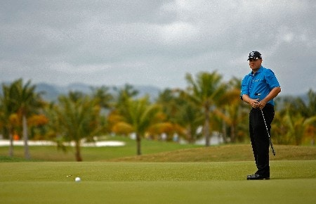 RIO GRANDE, PUERTO RICO - MARCH 20:  Roland Thatcher putts on the 3rd hole during the first round of the Puerto Rico Open presented by Banco Popular held on March 20, 2008 at Coco Beach Golf & Country Club in Rio Grande, Puerto Rico.  (Photo by Mike Ehrmann/Getty Images)