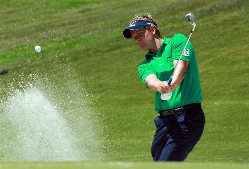 CASARES, SPAIN - MAY 21:  Luke Donald of England plays a bunker shot on the first play-ff hole during his last 16 match at the Volvo World Match Play Championship at Finca Cortesin on May 21, 2011 in Casares, Spain.  (Photo by Andrew Redington/Getty Images)