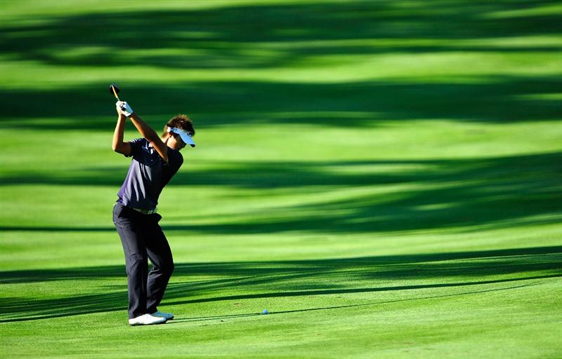 AKRON, OH - AUGUST 07:  Danny Lee of New Zealand hits a shot on the 2nd hole during the second round of the WGC-Bridgestone Invitational on the South Course at Firestone Country Club on August 7, 2009 in Akron, Ohio.  (Photo by Sam Greenwood/Getty Images)
