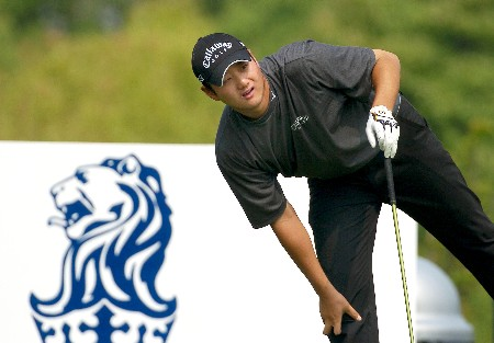 Eddie Lee from New Zealand checks out a tee shot during Round 2.Photo by Jeff Crow/WireImage.com