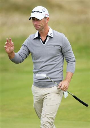 TURNBERRY, SCOTLAND - JULY 19:  Richard S Johnson of Sweden acknowledges the crowd during the final round of the 138th Open Championship on the Ailsa Course, Turnberry Golf Club on July 19, 2009 in Turnberry, Scotland.  (Photo by Andrew Redington/Getty Images)