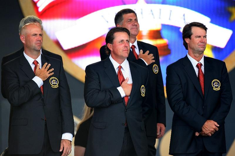 LOUISVILLE, KY - SEPTEMBER 18:  (L-R) Stewart Cink, Phil Mickelson and captain Paul Azinger of the USA team stand during the National Anthem at the opening ceremony for the 2008 Ryder Cup at Valhalla Golf Club on September 18, 2008 in Louisville, Kentucky.  (Photo by Andrew Redington/Getty Images)