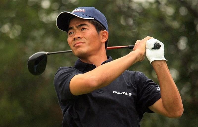 SHANGHAI, CHINA - NOVEMBER 06:  Wen-chong Liang of China hits his tee shot on the fifth hole during the first round of the HSBC Champions at Sheshan International Golf Club on November 6, 2008 in Shanghai, China.  (Photo by Scott Halleran/Getty Images)