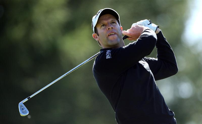 CRANS, SWITZERLAND - SEPTEMBER 05:  Bradley Dredge of Wales watches his tee-shot on the 16th hole during the third round of The Omega European Masters at Crans-Sur-Sierre Golf Club on September 5, 2009 in Crans Montana, Switzerland.  (Photo by Andrew Redington/Getty Images)
