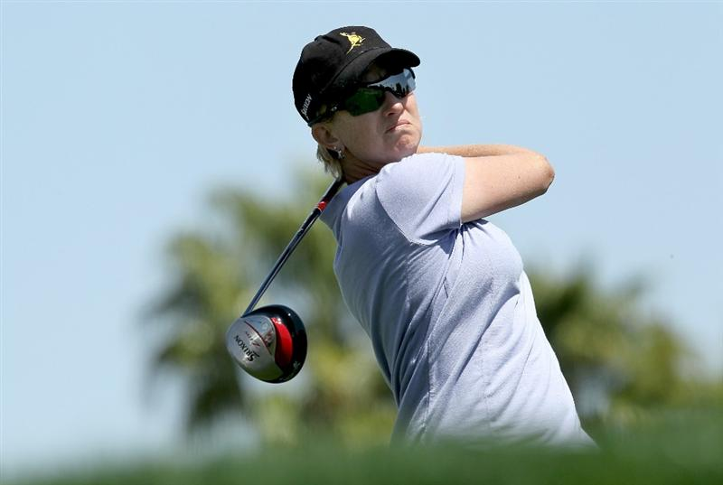 RANCHO MIRAGE, CA - APRIL 04:  Karrie Webb of Australia hits her tee shot on the 11th hole during the final round of the Kraft Nabisco Championship at Mission Hills Country Club on April 4, 2010 in Rancho Mirage, California.  (Photo by Stephen Dunn/Getty Images)