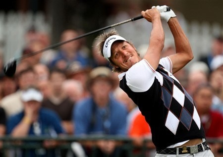SAN DIEGO - JUNE 12:  Fredrik Jacobson of Sweden hits his tee shot on the first hole during the first round of the 108th U.S. Open at the Torrey Pines Golf Course (South Course) on June 12, 2008 in San Diego, California.  (Photo by Ross Kinnaird/Getty Images)