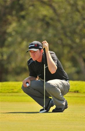 SAN ANTONIO, TX - OCTOBER 10: Jimmy Walker lines up a birdie putt on the 16th hole during the second round of the Valero Texas Open  held at La Cantera Golf Club on October 10, 2008 in San Antonio, Texas. (Photo by Marc Feldman\Getty Images)