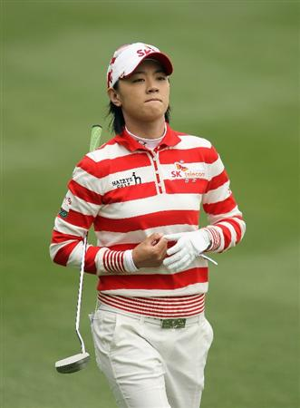 CITY OF INDUSTRY, CA - MARCH 27:  Na Yeon Choi of South Korea walks to the seventh gren during the final round of the Kia Classic on March 27, 2011 at the Industry Hills Golf Club in the City of Industry, California.  (Photo by Scott Halleran/Getty Images)