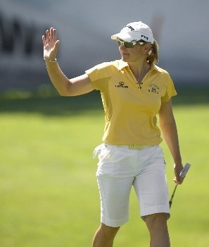 PORTLAND, OR - AUGUST 22: Annika Sorenstam of Sweden acknowledges the gallery applause at the 18th hole, during the first round of LPGA Safeway Classic at the Columbia Edgewater Country Club on August 22, 2008 in Portland, Oregon. (Photo by Steven Gibbons/Getty Images)
