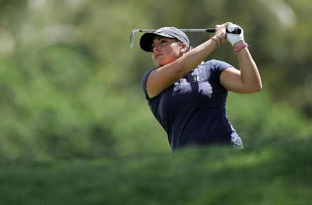 KAPOLEI, HI - FEBRUARY 21: Kelli Kuehne hits her second shot on the 7th hole during the first round of the Fields Open on February 21, 2008 at the Ko Olina Golf Club in Kapolei, Hawaii. (Photo by Andy Lyons/Getty Images)