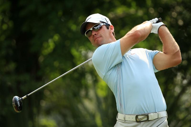 PONTE VEDRA BEACH, FL - MAY 13:  Paul Casey of England hits his tee shot on the fifth hole during the second round of THE PLAYERS Championship held at THE PLAYERS Stadium course at TPC Sawgrass on May 13, 2011 in Ponte Vedra Beach, Florida.  (Photo by Streeter Lecka/Getty Images)