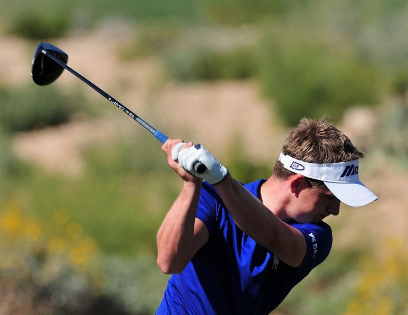 MARANA, AZ - FEBRUARY 27:  Luke Donald of England plays his tee shot on the second hole during the third round of Accenture Match Play Championships at Ritz - Carlton Golf Club at Dove Mountain on February 27, 2009 in Marana, Arizona.  (Photo by Stuart Franklin/Getty Images)