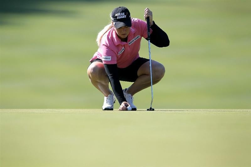 SHIMA, JAPAN - NOVEMBER 05:  Brittany Lincicome of the United States places a ball on the green of the 12th hole during round one of the Mizuno Classic at Kintetsu Kashikojima Country Club on November 5, 2010 in Shima, Mie, Japan.  (Photo by Kiyoshi Ota/Getty Images)