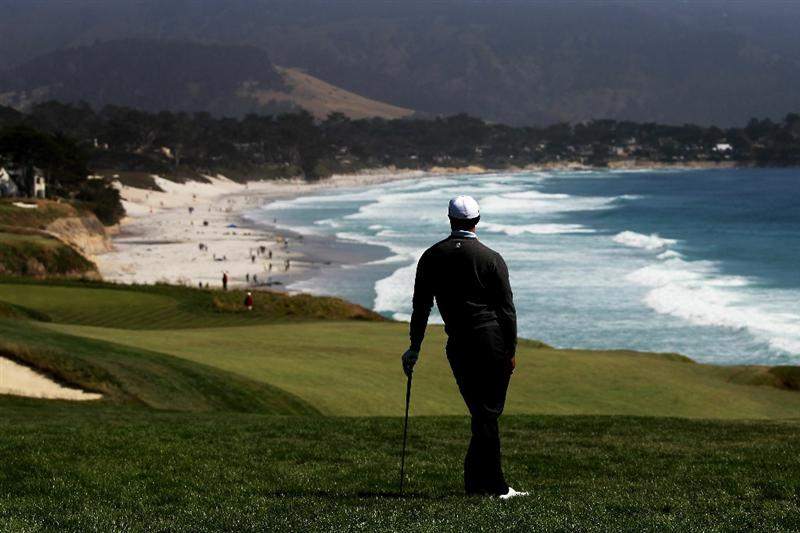 PEBBLE BEACH, CA - JUNE 17:  Tiger Woods watches his second shot on the ninth hole during the first round of the 110th U.S. Open at Pebble Beach Golf Links on June 17, 2010 in Pebble Beach, California.  (Photo by Ross Kinnaird/Getty Images)