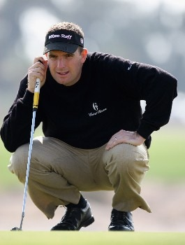 DOHA, QATAR - JANUARY 24:  Anthony Wall of England on the 15th hole during the first round of the Commercial Bank Qatar Masters held at the Doha Golf Club on January 24, 2008 in Doha,Qatar.  (Photo by Ross Kinnaird/Getty Images)
