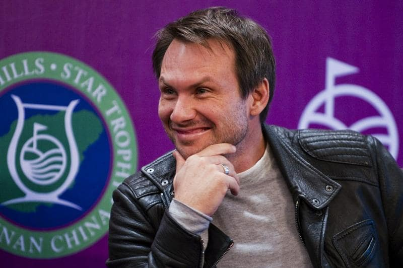 HAIKOU, CHINA - OCTOBER 27:  Actor Christian Slater of USA attends the opening press conference of the Mission Hills Star Trophy on October 27, 2010 in Haikou, China. The Mission Hills Star Trophy is Asia's leading leisure liflestyle event and features Hollywood celebrities and international golf stars.  (Photo by Victor Fraile/Getty Images)