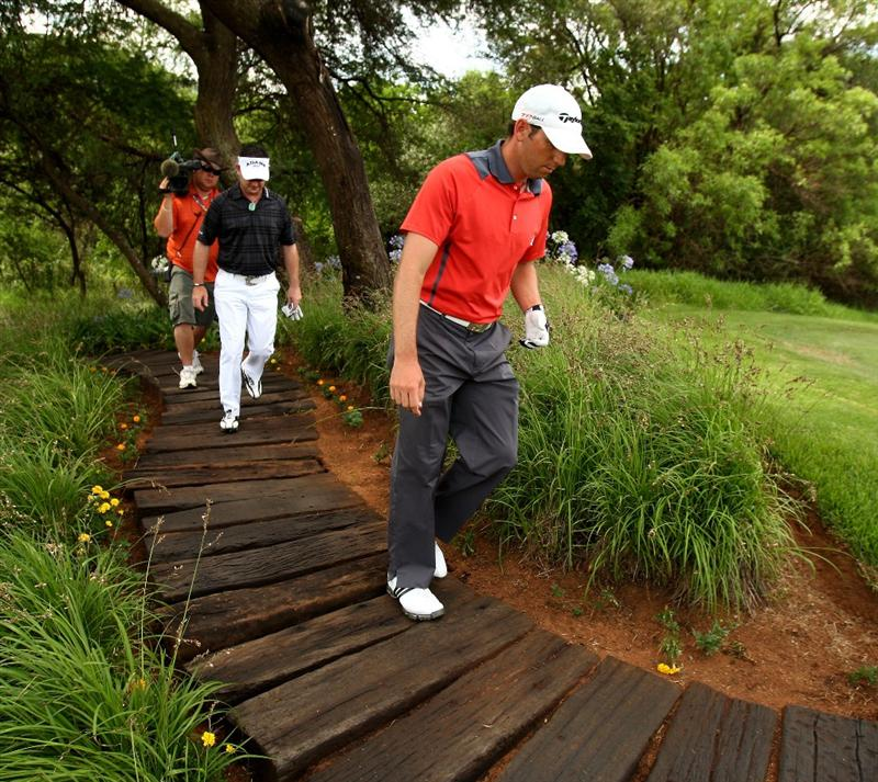 SUN CITY, SOUTH AFRICA - DECEMBER 04:  Sergio Garcia of Spain leads Rory Sabbatini of South Africa up to the 13th tee during the first round of the Nedbank Golf Challenge at the Gary Player Country Club on December 4, 2008 in Sun City, South Africa.  (Photo by Richard Heathcote/Getty Images)