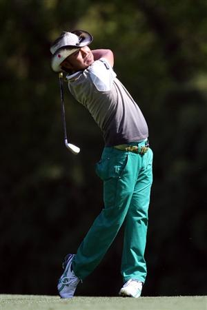 AUGUSTA, GA - APRIL 09:  Shingo Katayama of Japan hits his second shot on the fifth hole during the first round of the 2009 Masters Tournament at Augusta National Golf Club on April 9, 2009 in Augusta, Georgia.  (Photo by David Cannon/Getty Images)