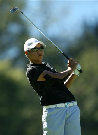 GUADALAJARA, MX - NOVEMBER 13: Yani Tseng of Taiwan hits her second shot on the 15th hole during the first round of the Lorena Ochoa Invitational at Guadalajara Country Club on November 13, 2008 in Guadalajara, Mexico. (Photo by Hunter Martin/Getty Images)