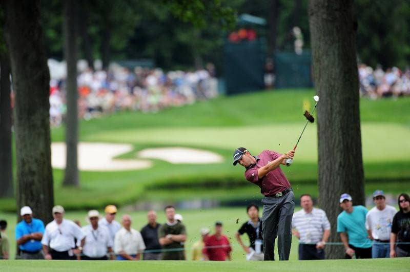 AKRON, OH - AUGUST 06:  Sergio Garcia of Spain plays his approach shot on the second hole during the first round of the World Golf Championship Bridgestone Invitational on August 6, 2009 at Firestone Country Club in Akron, Ohio.  (Photo by Stuart Franklin/Getty Images)