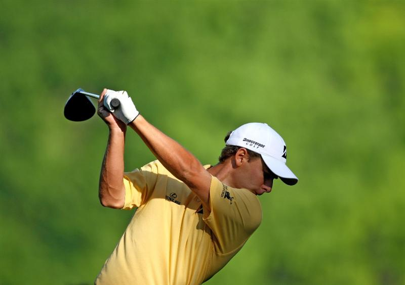 CHARLOTTE, NC - APRIL 28:  Charles Howell III hits a shot during practice for the Quail Hollow Championship at Quail Hollow Golf Club on April 28, 2009 in Charlotte, North Carolina.  (Photo by Richard Heathcote/Getty Images)