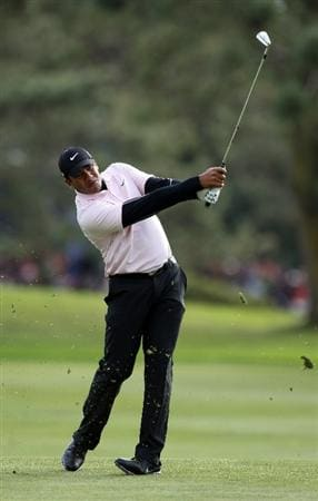LA JOLLA, CA - JANUARY 30:  Jhonattan Vegas of Venezuela hits his approach shot on the 14th hole during the final round of the Farmers Insurance Open on January 30, 2011 in La Jolla, California.  (Photo by Donald Miralle/Getty Images)