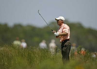 Ben Crenshaw chips back to the 17th green from the 18th tee after hitting a ball in the water out of the sand  during the second round of Senior PGA Championship on the Ocean Course at the Kiawah Island Resort on May 25, 2007 in Kiawah Island, South Carolina.Photo by Mike Ehrmann/WireImage.com