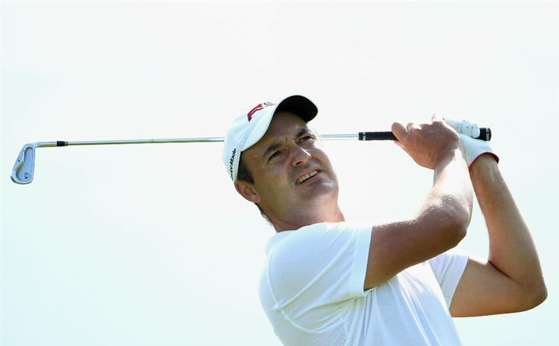 NEWPORT, WALES - JUNE 03:  Simon Khan of England hits his tee-shot on the 17th hole during the first round of the Celtic Manor Wales Open on The Twenty Ten Course at The Celtic Manor Resort on June 3, 2010 in Newport, Wales.  (Photo by Andrew Redington/Getty Images)