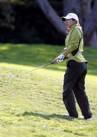DANVILLE, CA - OCTOBER 10: Ji Young Oh of South Korea watches a chip shot on the 5th hole during the second round of the LPGA Longs Drugs Challenge at the Blackhawk Country Club October 10, 2008 in Danville, California. (Photo by Max Morse/Getty Images)