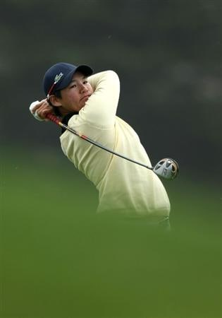 HALF MOON BAY, CA - OCTOBER 04:  Yani Tseng hits her second shot on the 10th hole during the third round of the Samsung World Championship at the Half Moon Bay Golf Links Ocean Course on October 4, 2008 in Half Moon Bay, California.  (Photo by Jonathan Ferrey/Getty Images)