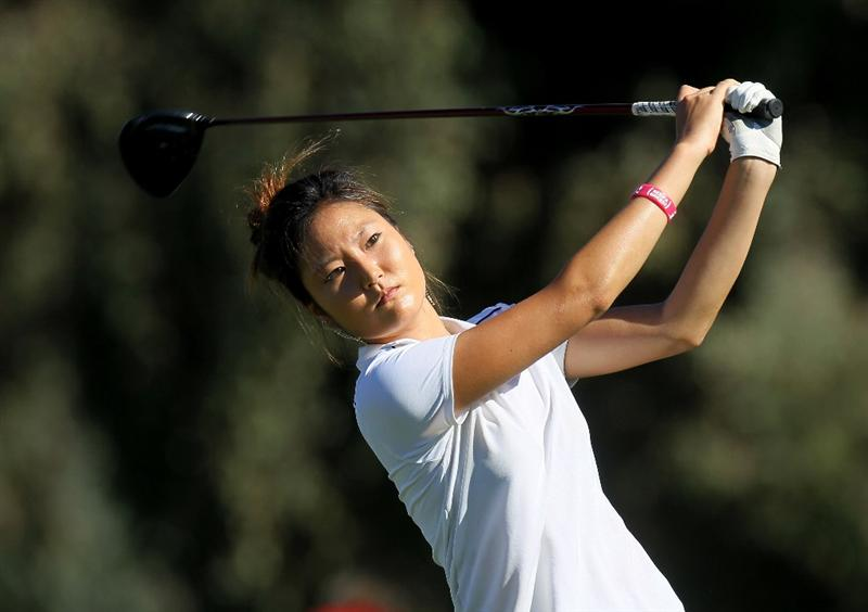 RANCHO MIRAGE,CA - MARCH 31:  Kristen Park hits her tee shot on the second hole during the first round of the Kraft Nabisco Championship at Rancho Mirage Country Club on March 31, 2011 in Rancho Mirage, California.  (Photo by Stephen Dunn/Getty Images)