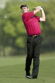 Alastair Forsyth of Scotland hits his approach shot on the 16th during round 1 2005 BMW Asian Open at Tomson Golf Club, Shanghai on April 28, 2005Photo by Jeff Crow/WireImage.com
