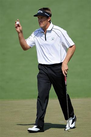 AUGUSTA, GA - APRIL 09:  Stuart Appleby of Australia waves to the gallery on the second hole during the first round of the 2009 Masters Tournament at Augusta National Golf Club on April 9, 2009 in Augusta, Georgia.  (Photo by Harry How/Getty Images)