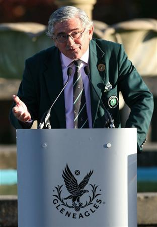 GLENEAGLES, SCOTLAND - SEPTEMBER 26:  Angel Gallardo vice chairman of the European PGA Tour during the opening ceremony of the Junior Ryder Cup at Gleneagles on September 26, 2010 near Muirton, Scotland. (Photo by Ian MacNicol/Getty Images)