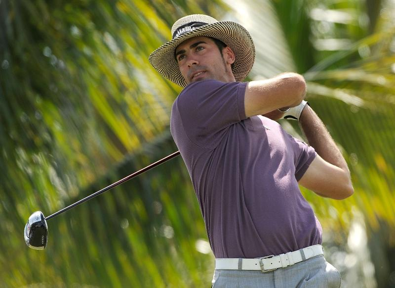 DORAL, FL - MARCH 14:  Alvaro Quiros of Spain plays a shot on the 3rd hole during the third round of the World Golf Championships-CA Championship at the Doral Golf Resort & Spa on March 14, 2009 in Doral, Florida.  (Photo by Sam Greenwood/Getty Images)