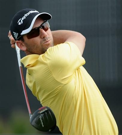 DUBAI, UNITED ARAB EMIRATES - NOVEMBER 23:  Sergio Garcia of Spain in action during the Pro Am prior to the start of the Dubai World Championship on the Earth Course, Jumeirah Golf Estates on November 23, 2010 in Dubai, United Arab Emirates.  (Photo by David Cannon/Getty Images)