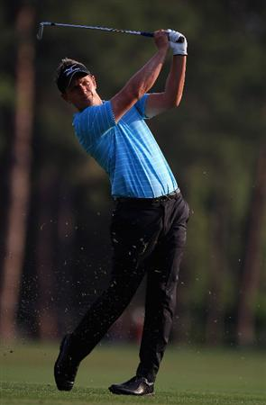 HILTON HEAD ISLAND, SC - APRIL 21:  Luke Donald of England watches a shot from the fairway on the 10th hole during the first round of The Heritage at Harbour Town Golf Links on April 21, 2011 in Hilton Head Island, South Carolina.  (Photo by Streeter Lecka/Getty Images)