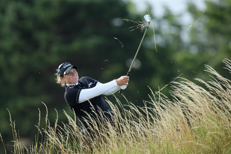 LYTHAM ST ANNES, ENGLAND - JULY 30:  Karen Stupples of England hits her fourth shot on the 4th hole during the first round of the 2009 Ricoh Women's British Open Championship held at Royal Lytham St Annes Golf Club, on July 30, 2009 in  Lytham St Annes, England.  (Photo by David Cannon/Getty Images)
