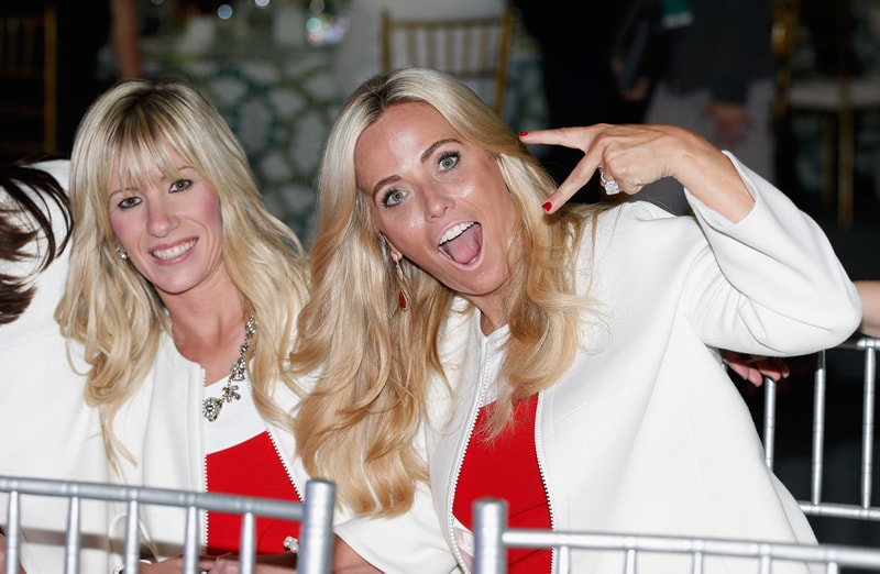 Justine Reed, Amy Mickelson