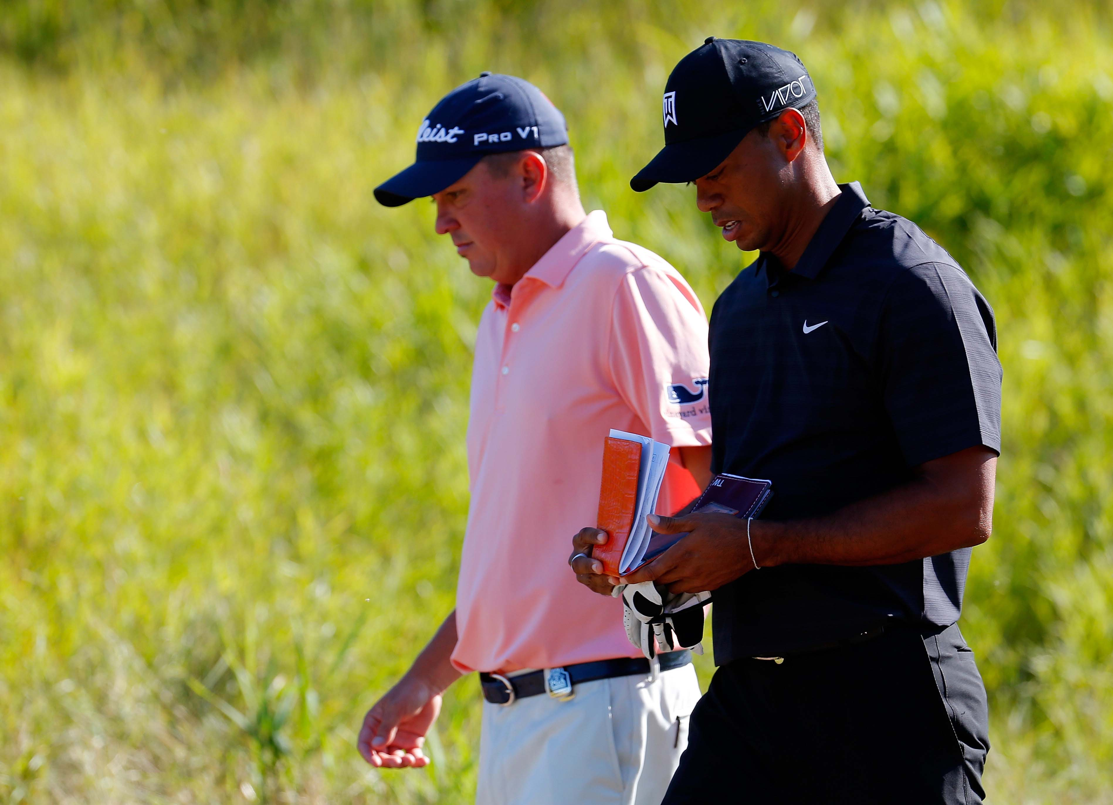 Tiger Woods denying rumors about Jason Dufner's ex-wife ... or