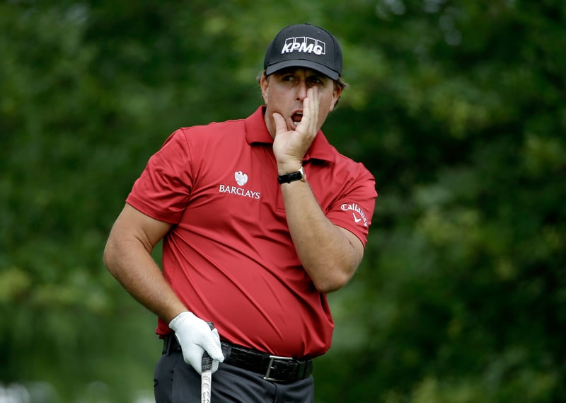Phil Mickelson yells 'fore'